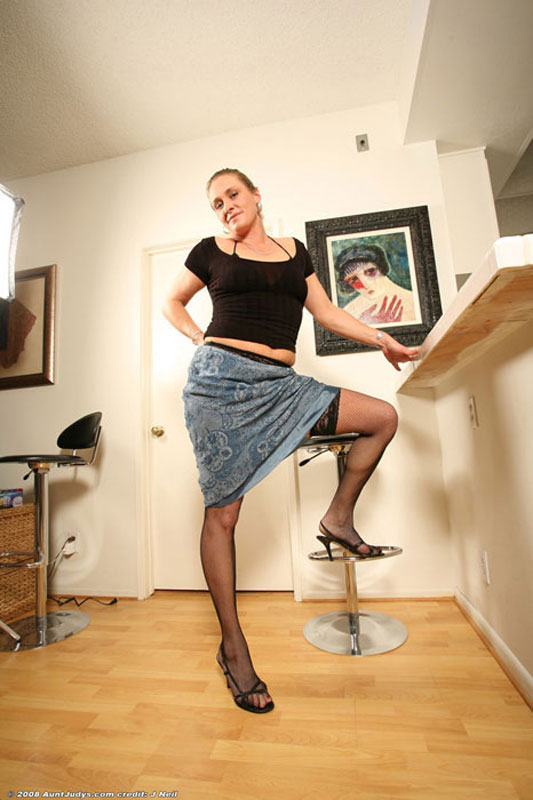 image Stockinged blonde dildos inside the clinic