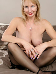 XXX Blonde Pics Archive - Handpicked Archive Of Thumbnailed Blonde ...