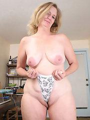 Ravenous Anilos blonde grandma satisfies her seasoned ...