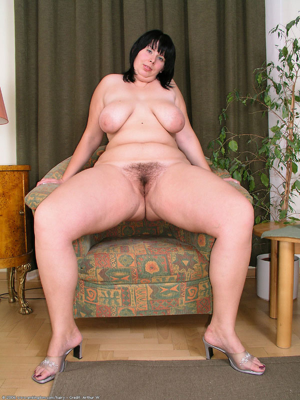 Share Nude mom shows all agree