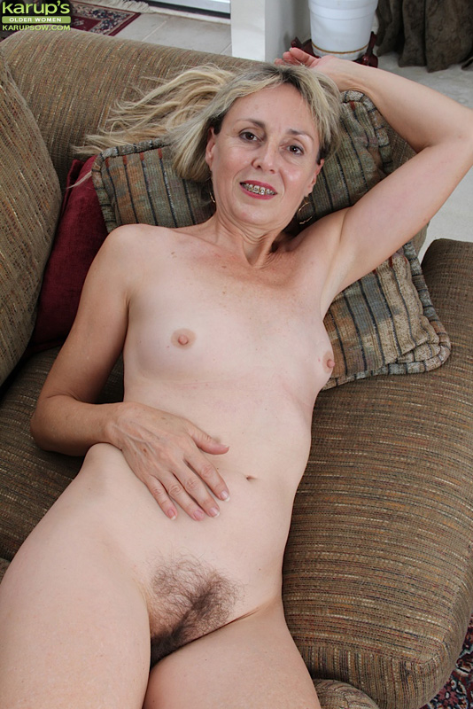 Slim hot blonde slowly plays her pink pussy 4