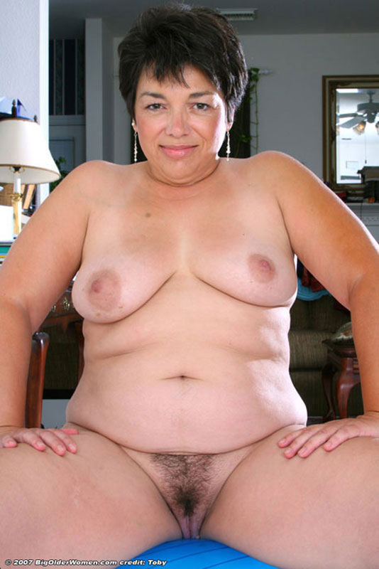 Horny mature woman wants to rule the guy but - 4 10