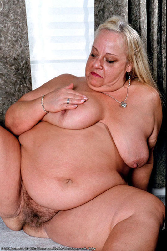 Black granny shows off panties then gives bj 6