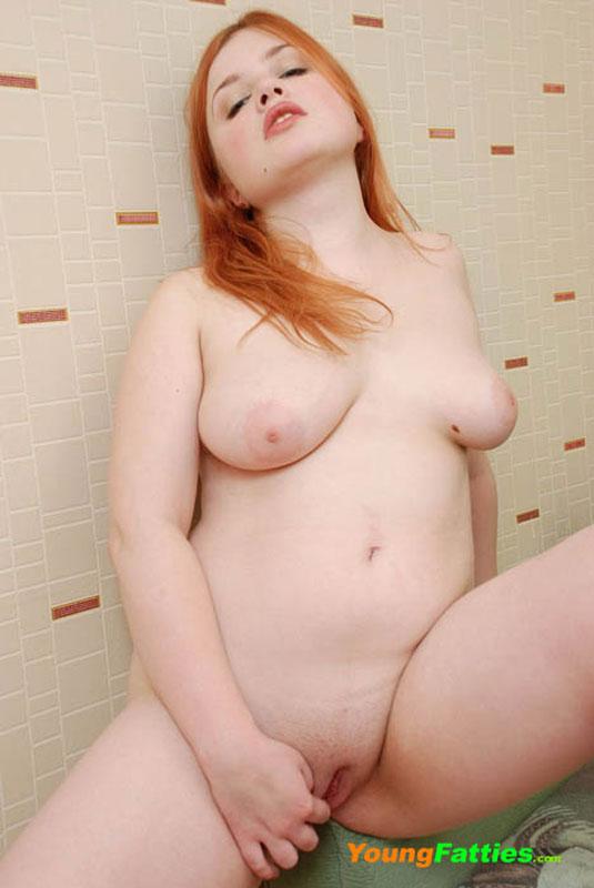 пухленькая рыжая порно фото