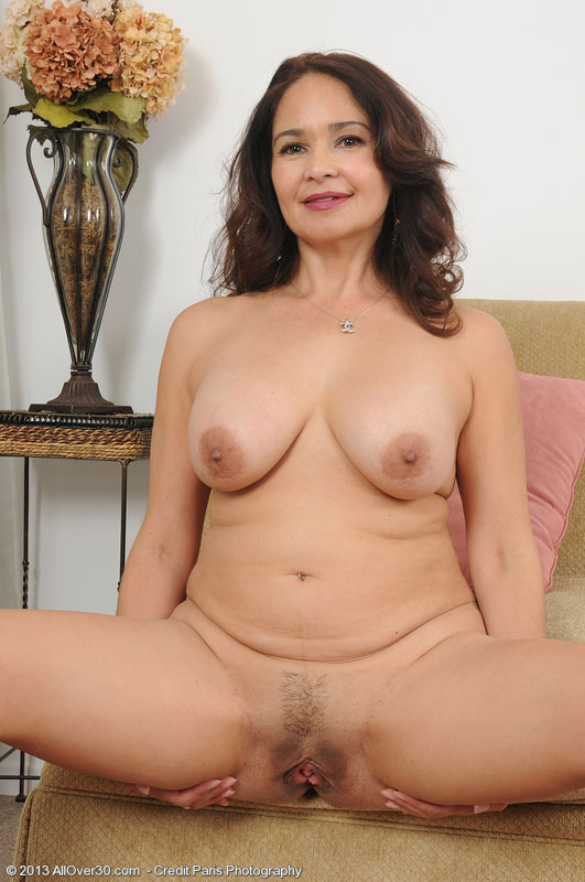 mature tubes wives Classy brunette