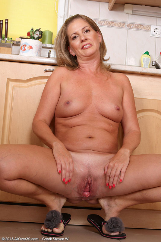Busty blonde woman works hard on his cock 4